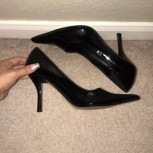 Shoes - Classy Black Leather Pointed Toe Heels